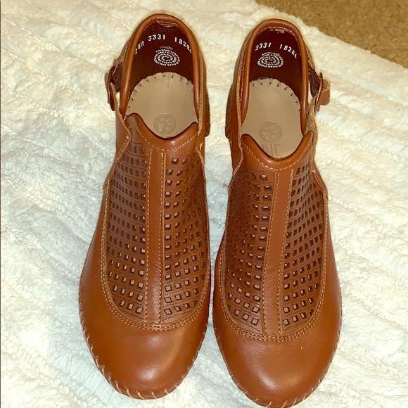 c7dca2e31e Lobo Solo Shoes | Unique Leather Booties | Poshmark
